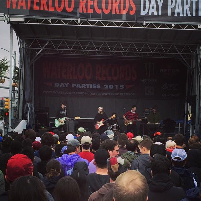 Bob agrees with ALVVAYS at #sxsw by mattyschurk http://t.co/Pqflgeq2aG