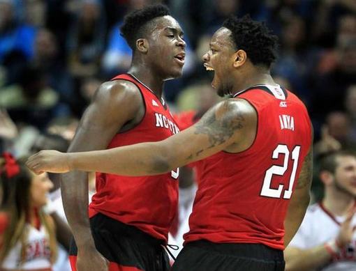 #NCState knocks off No. 1 #Villanova 71-68, advances to Sweet 16 in #NCAATournament http://t.co/Fesr3ppo7O http://t.co/Bs4x79l1QU