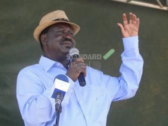 Runaway corruption will bring your government down, Raila Odinga warns President Kenyatta http://t.co/deRZvl9rWy http://t.co/vg24cv02cS