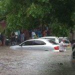 """@DarTweeps: Its raining heavily in Dar es Salaam as I tweet. #Tanzania http://t.co/lqd22fqR96"" off and on"