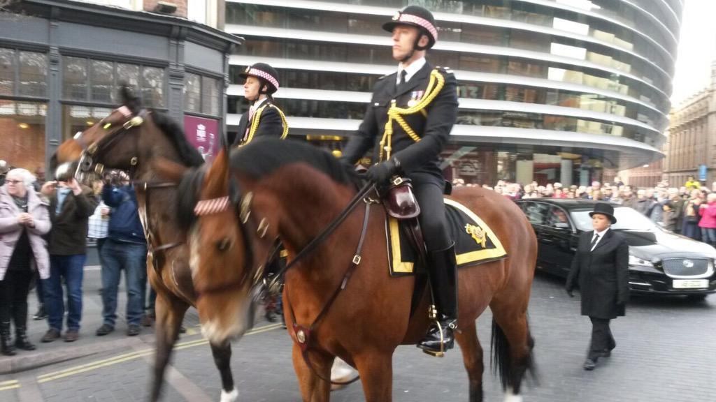 The cortege as it passed @CurveLeicester @BBCLeicester #richardreburied http://t.co/v2l4vWIBzE