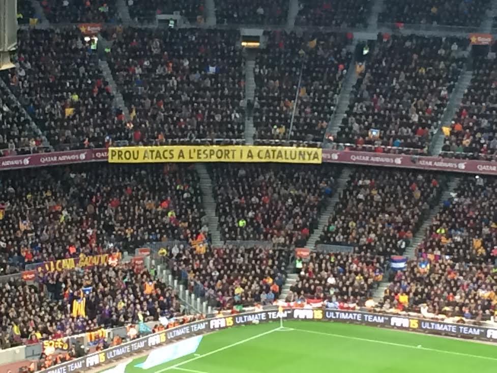 """""""Prou atacs a l'esport i a Catalunya"""": el Camp Nou, contra els greuges del sector http://t.co/X7wtABJGHj http://t.co/4FA2tI713L"""