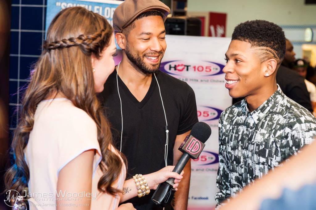 Luv'd interviewing @EmpireFOX's @JussieSmollett & @Bryshere at Coral Sq Mall for their CD signing @decodrive @wsvn http://t.co/ZJffTbEPcf