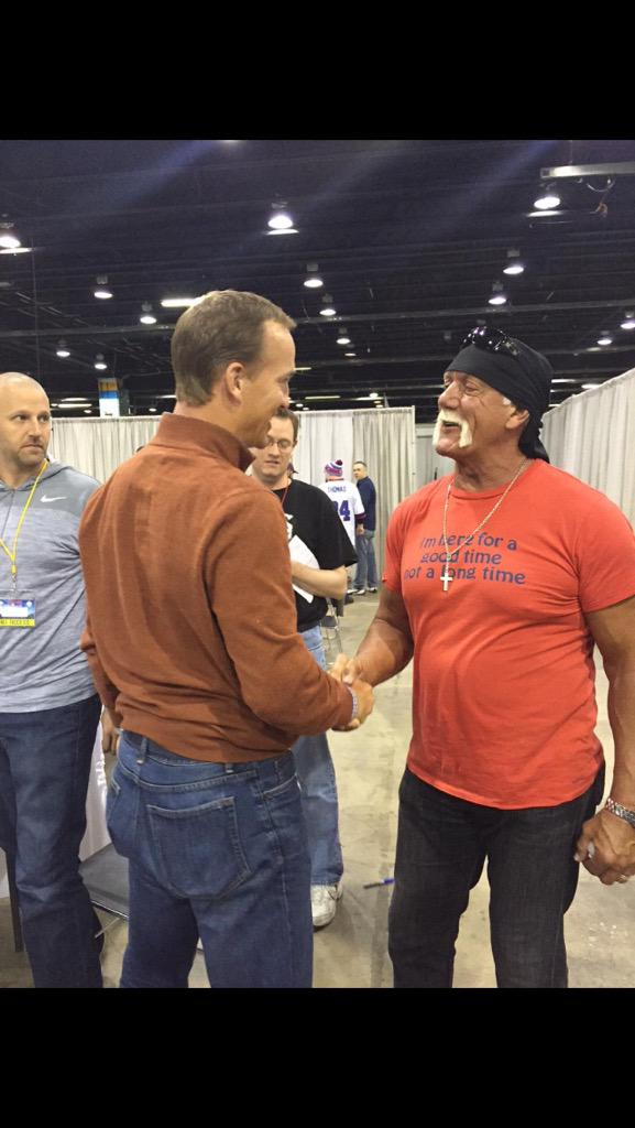 Two legends meet at chicago fashows peyton manning hulkhogan two legends meet at chicago fashows peyton manning hulkhogan class acts m4hsunfo