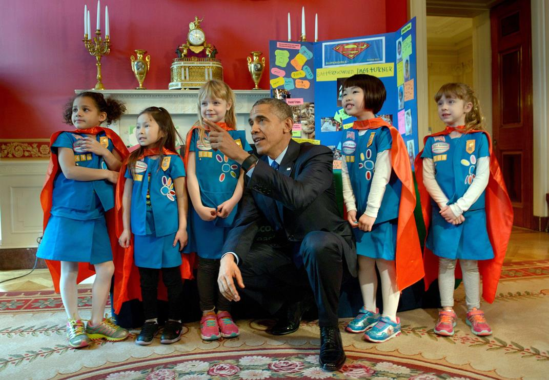 Supergirl scientists conquer Obama at #WHScienceFair: http://t.co/qlziBBvF2Q H/T @whitehouseostp http://t.co/mu7k14GuED