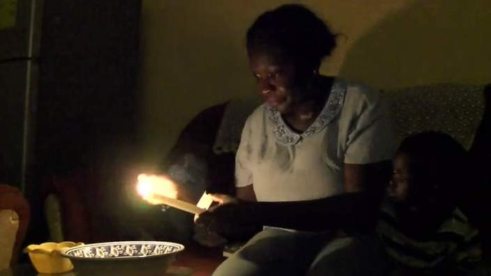 "Di wo fie ASEM!> ""@BBCAfrica: Power cuts are back in Ghana after the four-day Easter holiday. http://t.co/CyYrgQ0wuF http://t.co/OVZoLm6Kow"""