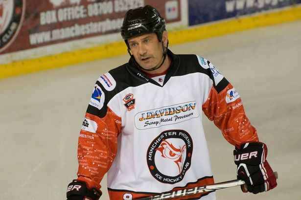 ALL THE BEST: To the 'Great One' Tony Hand who plays his last competitive game today for the @manc_phoenix #Legend http://t.co/FVn7NUNDKW