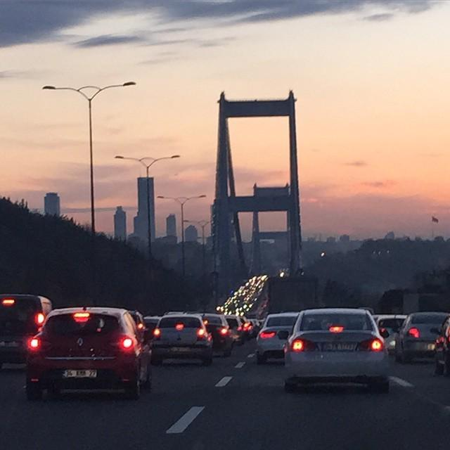 #Istanbul baby you are so beautiful but so jammed http://t.co/6Z8bOJZVSE