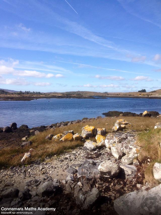 Beautiful Easter Sunday afternoon #Connemara #WildAtlanticWay @DiscoverGalway @VacancesIrlande #Ireland http://t.co/zsWxVlxpRd