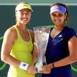RT @MiamiOpenTennis: Our women's doubles champions Martina Hingis and Sania Mirza #MiamiOpen http://t.co/fGjuoCVpfx