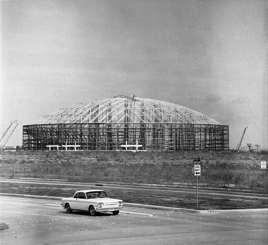 Kirby at South Loop, early 1960s. More rarely seen @HoustonChron Astrodome photos: http://t.co/wuXqsECG9Q http://t.co/KH9B8cUbob
