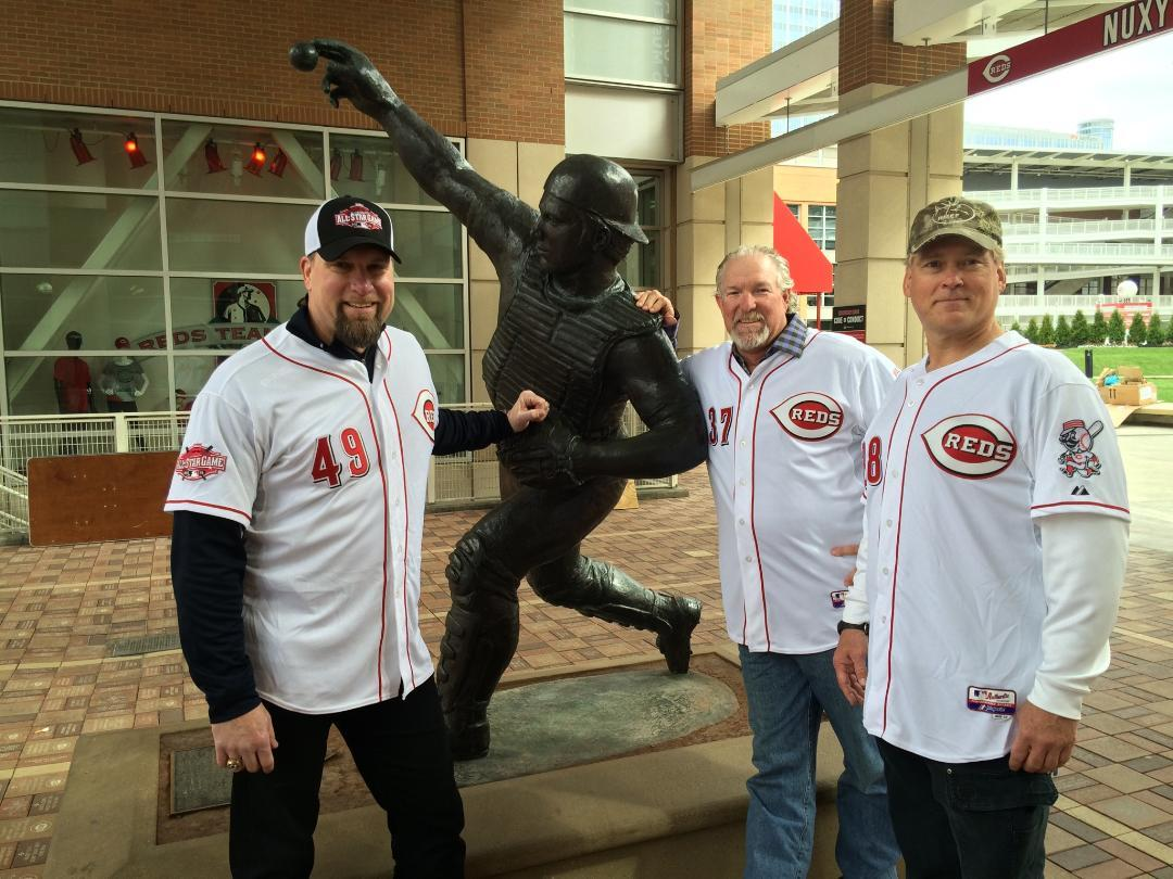 The Nasty Boys stopped by the Hall and said hello to @Johnny_Bench5 http://t.co/GlrPTYH54m