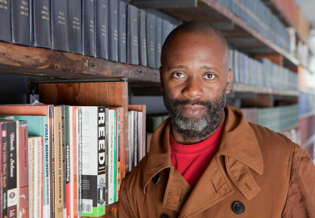 Chicago-based artist/activist #TheasterGates is our opening keynote at #AFTACON 2015! http://t.co/j5xs5M2I0e http://t.co/faQWaDkwB8