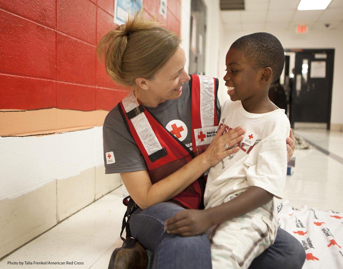 Donate now to the @RedCross & get AAdvantage bonus miles:
