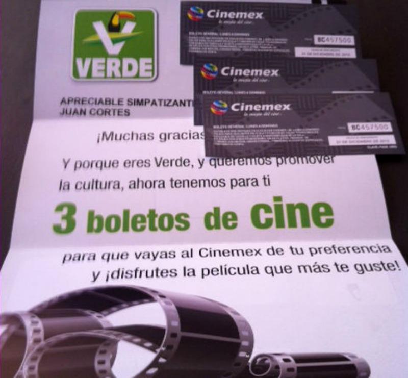 ¿Qué tal la nueva bribonería del partido d las 4 mentiras (PVEM)  regalando 3 boletos para cine? http://t.co/bffZH3D89B