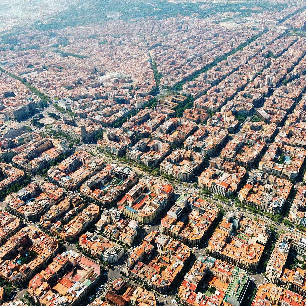 #Barcelona from above. http://t.co/TJK4DRJfXT