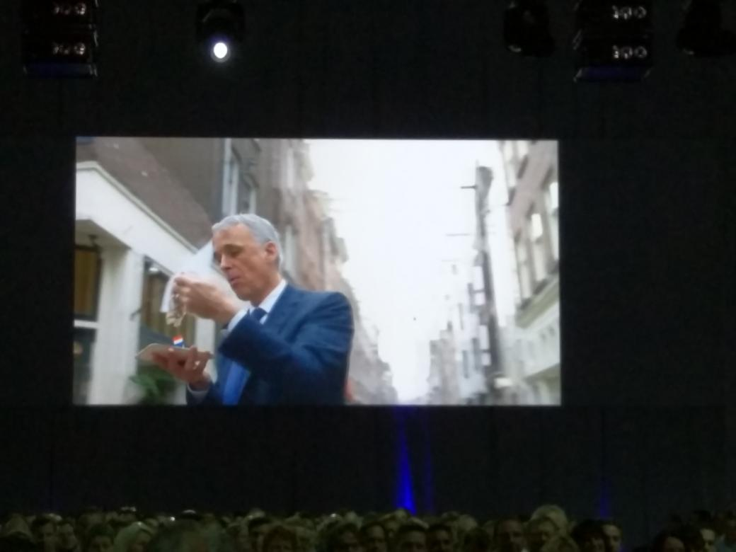 #salesforceTOUR @parkerharris riding postNL bike through 020 To RAI. Funny. http://t.co/jehBOYVfaA