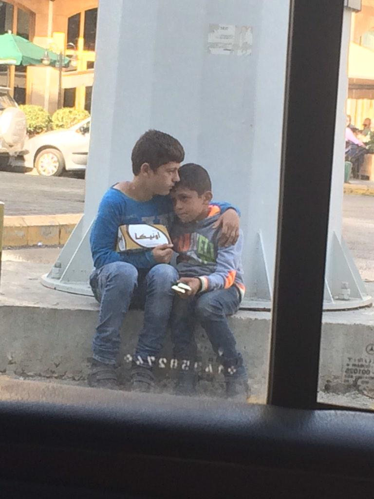 2 #syrian #streetkids huddle for comfort in #lebanon. http://t.co/qzs9GHmML8