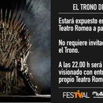 Si quieres sentarte en el Trono de Hierro, esta tarde podrás hacerlo en el @festval, Murcia, vía @CmonMurcia http://t.co/6MeWPPCU48