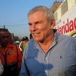 Alcalde de Lima lidera las actividades de ayuda en Chosica. En breve se dirige a Santa Eulalia. http://t.co/uUo5RrQ58B