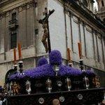 Subida al paso y retranqueo del Cristo de las Misericordias, hoy a las 21 horas. @EstudiantesJaen #JaénCofrade http://t.co/25xgC9csnT
