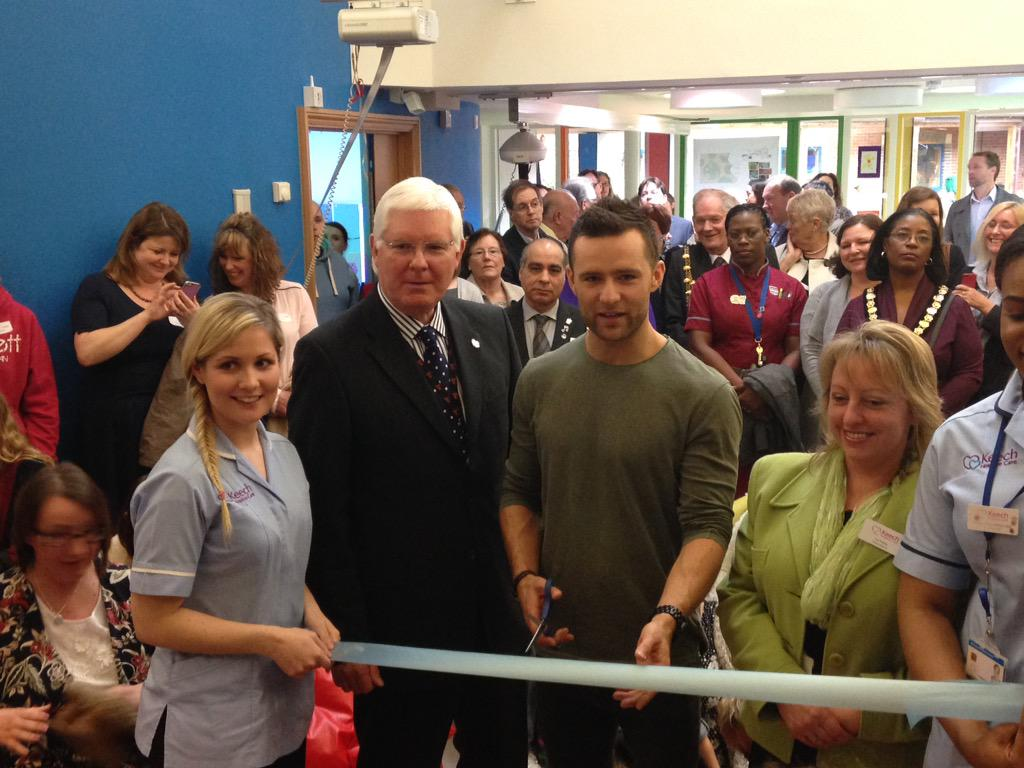 McBusted's Harry Judd @mcflyharry opens Chilldren's unit @Keechhospices in #Luton following extensive renovations. http://t.co/EFtJ8VRfqD