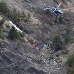 Investigadores creen que el copiloto estrelló el avión voluntariamente ► http://t.co/FsMwxLunw9 http://t.co/vIIqttzOnj