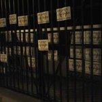 Así amaneció la puerta 18 del estadio  #FUERAFLABIO http://t.co/qtHq6XAlc3