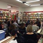 Sala piena alla presentazione a #bologna del libro su #Instagram di @IlarysGrill @igersItalia :) http://t.co/yg2DfioqCC