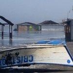 Oleaje fuerte en puerto Salaverry-Trujillo deja estragos @RPPNoticias @jomaveal @hombredeltiempo (Foto: César Gámez) http://t.co/e0TOr7kaYO