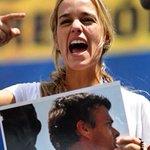 Lilian Tintori: Nicolás Maduro viola DDHH en #Venezuela, no se puede tapar el sol con un dedo ►http://t.co/pt3FtQnrmD http://t.co/laiXe2DA5N
