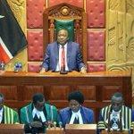 Kenya on the right economic footing, says @UKenyatta (http://t.co/6cnmsYbNr7) http://t.co/LW0WQJ28e4