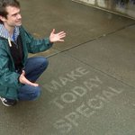 Street artist makes sidewalk rain magic http://t.co/765CEcPxvR http://t.co/VXcVgPPb4z