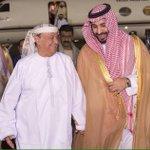 صورة- وزير الدفاع الأمير #محمد_بن_سلمان يستقبل الرئيس هادي. #عاصفة_الحزم #السعودية_تقصف_الحوثي #كلنا_جيش_سلمان http://t.co/xpFak7gr46