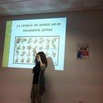 """Conócenos y déjate conocer"" 1ª sesión impartida por Ana Belén, componente de @gruposignart Colabora: @FundacionCRJ http://t.co/vtxcgyzS6T"