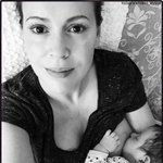 RT @HLNTV: .@Alyssa_Milano + 9 other celeb moms who aren't afraid to breastfeed in public: http://t.co/xg8NweayEg http://t.co/8IdpZZSMe4