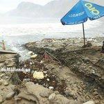 Playa de Catarindo en #Arequipa quedó así tras caída de huaico debido a las fuertes lluvias - vía #WasapEC http://t.co/pfDggoUXPu