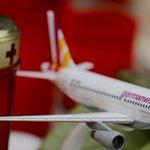 Pilotos da Lufthansa não passam por avaliação psicológica de rotina. http://t.co/grgVekZxg8 http://t.co/fCsmUoCk3T