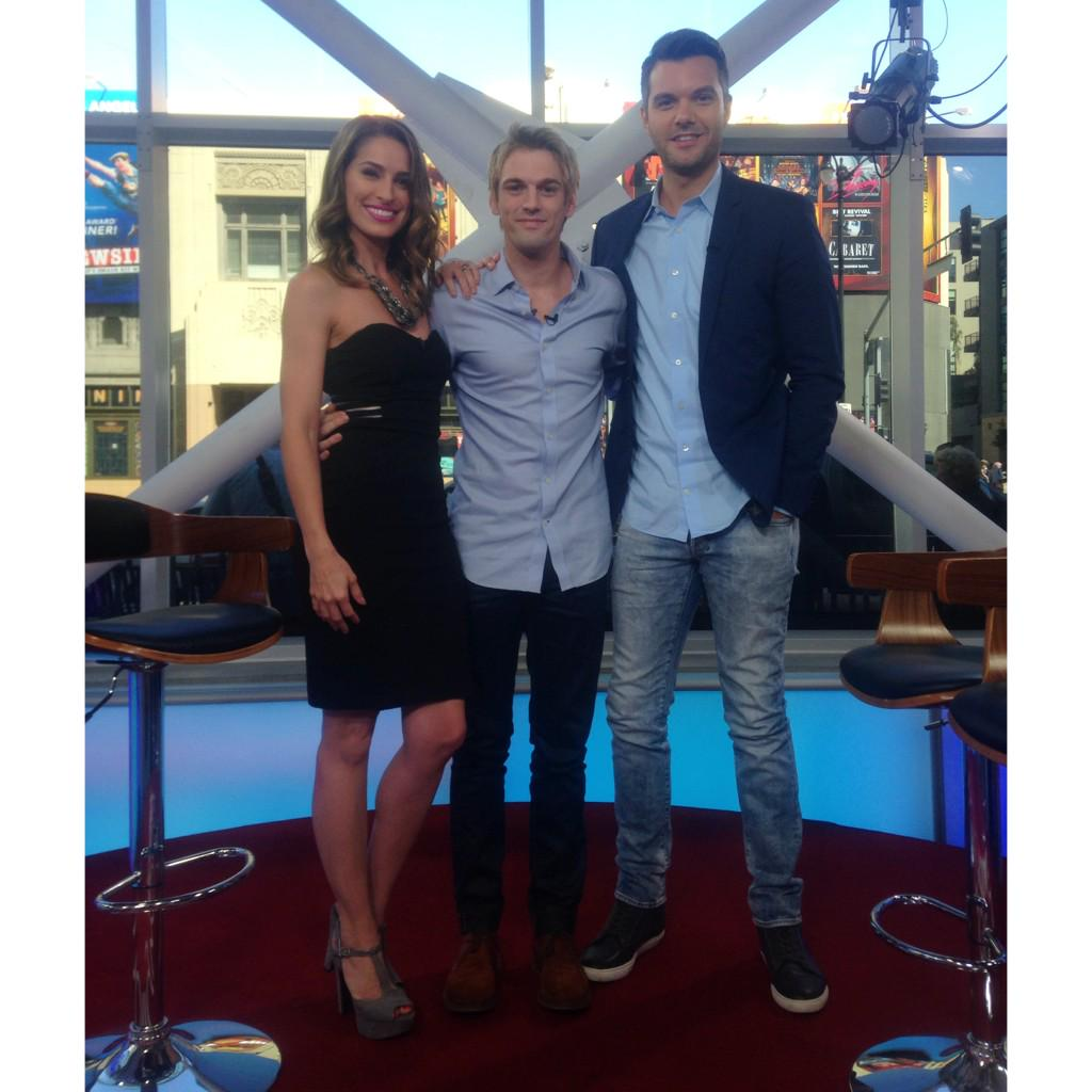 Thanks to @aaroncarter for coming in! If you're in LA catch him performing tomorrow at the #ElReyTheatre! http://t.co/2SHfbfM2I6