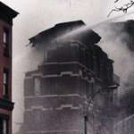Parts of building slowly collapsing ... #Fire #NYC http://t.co/5qOB0ivHcp