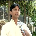 P Bhushan & Y Yadav themselves sent resignation through mail, they lied that they never resigned: Kumar Vishwas, AAP http://t.co/bmqN3ddbe1