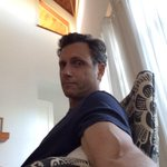 """""""@hanxiangchen: @tonygoldwyn its 2:15am, I wont sleep until I see a selfie."""" Go to bed!!! #ScandaI #TGIT http://t.co/jeQJpVaoT8"""