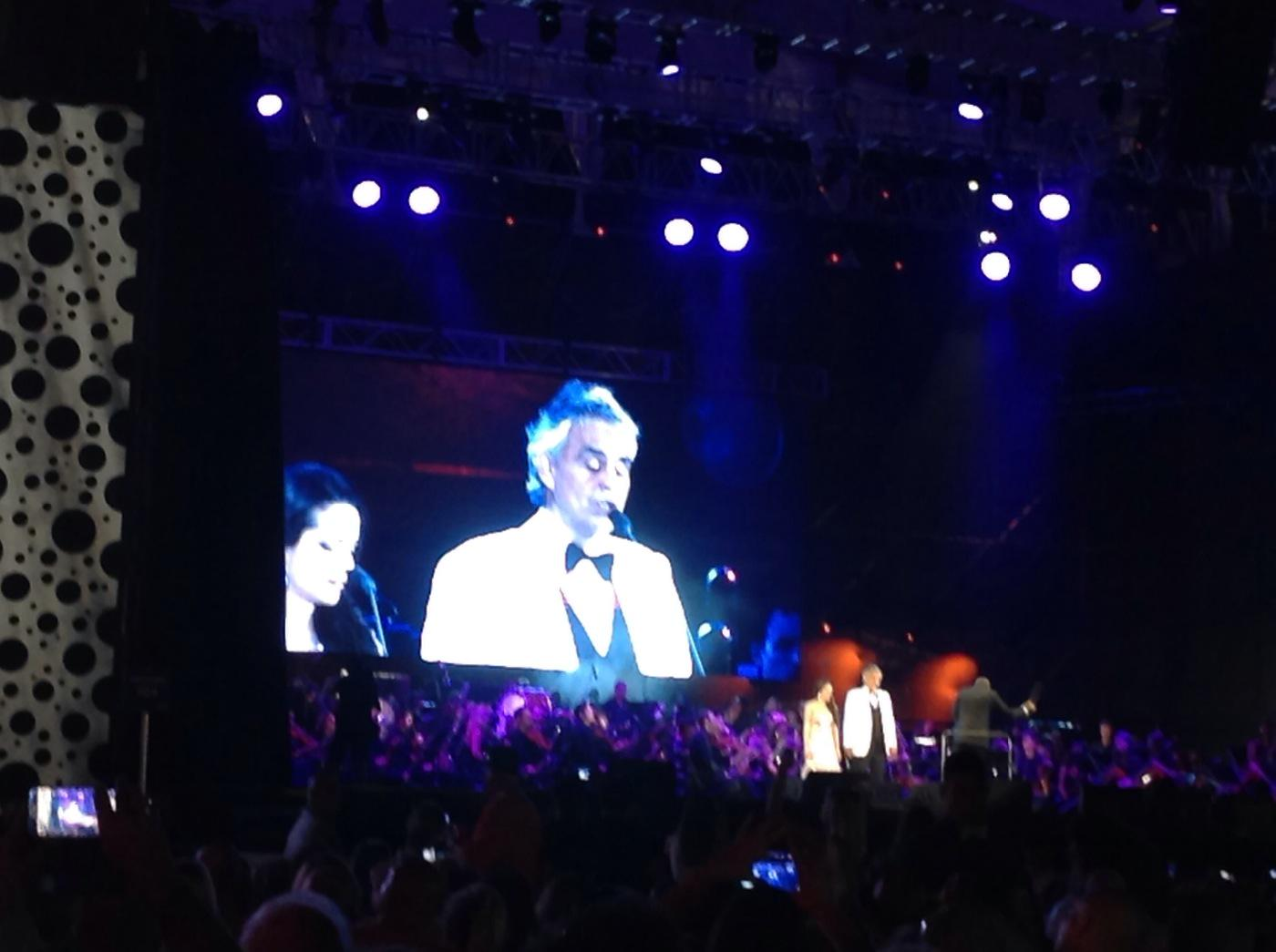 #AndreaBocelli, incredible when this man sings you know GOD has angels sing! #MiamiBeach100 http://t.co/VvtLLYMhPX