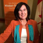 Cheryl Hardcastle wins federal NDP nomination in Windsor-Tecumseh on first ballot. http://t.co/22dGrxduz4