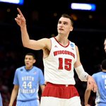 On Wisconsin! Badgers survive and advance over UNC, 79-72. 1-seed Wisconsin advances to its 4th Elite 8. http://t.co/mJTuURSIuy