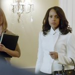 Thats our Olivia Pope!!! Suited up and ready to do business! #Scandal http://t.co/APvKsRUzSh