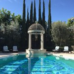 FUN FACT: DURING BREAKS FROM SHOOTING CYRUS WEDDING SCENES, I ESCAPED TO THIS POOL THAT WAS IN THE BACK. ???? #Scandal http://t.co/FcdOYss68l