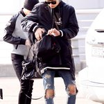 [NEWSPIC] 150327 Chanyeol - Incheon Airport (2) http://t.co/oov1QXwoUZ http://t.co/454hUZWvwm