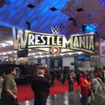 The first session of #WrestleMania #Axxess is underway! http://t.co/nUiW62a0kg