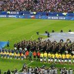 【試合結果】ブラジルが98年W杯決勝の地でフランスに逆転勝利…ドゥンガ体制7連勝 http://t.co/H8gyXMakWI フランスがブラジルを破り優勝した1998年フランスW杯決勝の地スタッド・ドゥ・フランスで行われました。 http://t.co/PaKEm8iCoQ